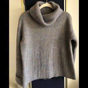 NWOT Ann Taylor sweater